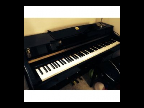 Piano yamaha clavinova clp 330 piano occasion for Yamaha clp 840