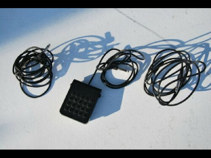 1 PEDALE SUSTAIN CASIO SP-3 + CABLES