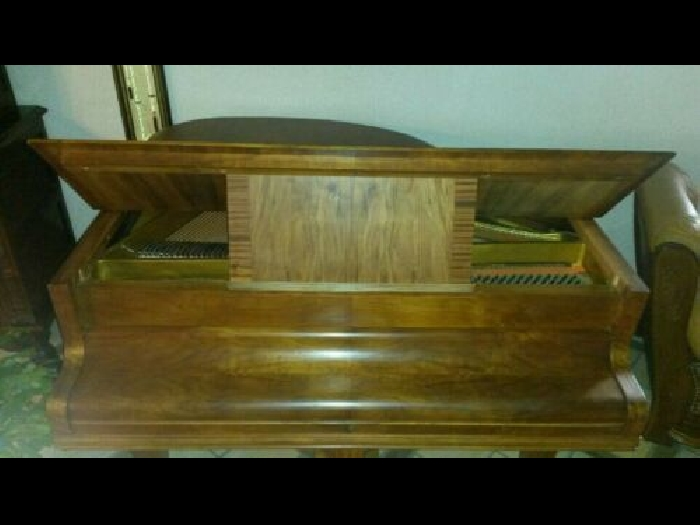 Superbe Piano 1/4 de queue (crapaud ) REGY Paris N°6272 date 10/12/30