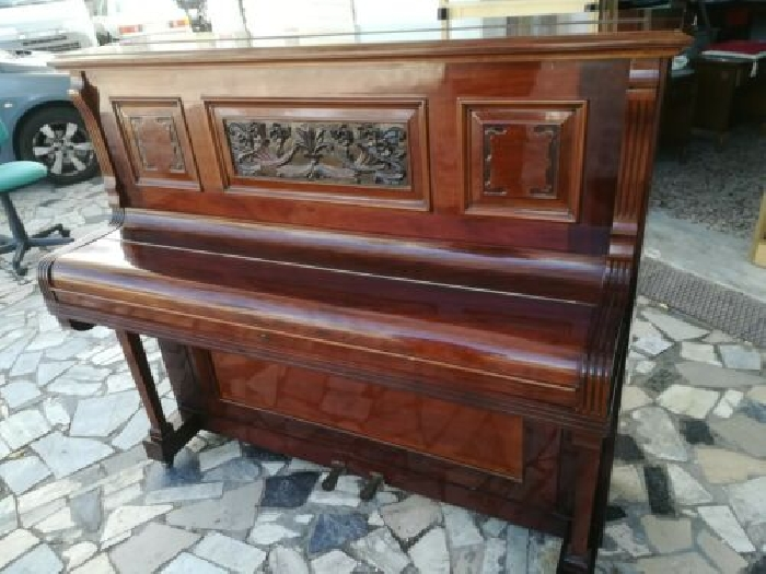 Pianoforte verticale N. Berry e Sons