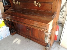 ancien piano droit E- mussard aine PARIS