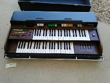ORGUE ORLA MODEL  PRESTIGE VINTAGE KEYBOARD.