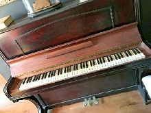 PIANO DROIT ANCIEN MAG PARIS